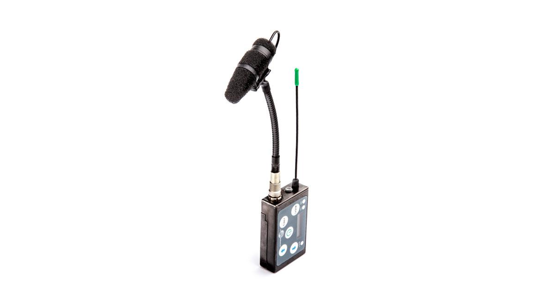 4097-core-micro-shotgun-mic-10cm-4-in-4097-dc-g-b00-010-on-transmitter-web.jpg