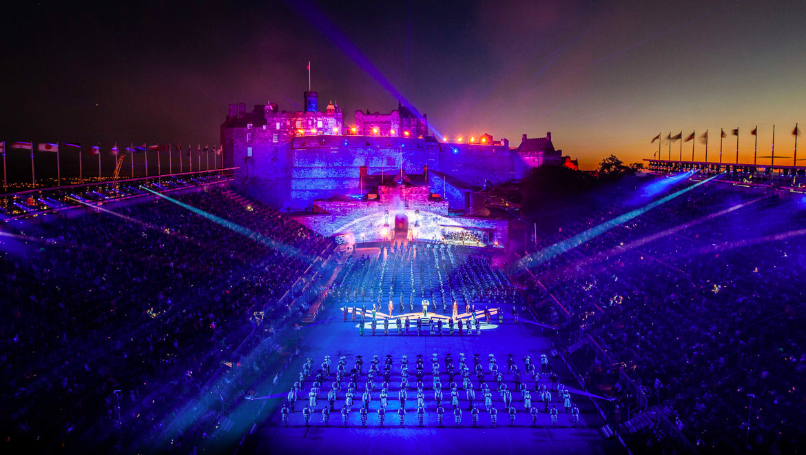 Edinburgh-Tattoo-1-1L.jpg